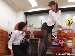 Busty porn hottie Riho Hasegawa treats cock a hot and nasty blowjob