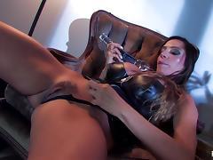 Ariella Ferrera fucks herself with a big glass toy