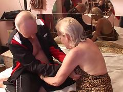Granny gobbles knob and gives grandpa access to her cunt