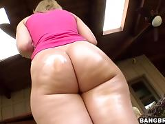 Perfect Round Ass Alexis Texas vs Fat Cock