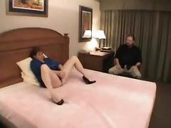 Uncomplaining cuckold hubby cleans up after black bull