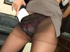 Sexy Asian secretary Mai Yuzuki rubbing her cunt and teasing her boss in the office.