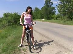 Vanessa Sky goes to the countryside by bike to play with her pussy
