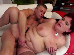 Busty mature brunette Renata gets her twat licked and pounded